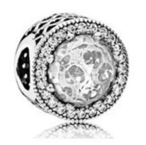 Pandora Clear radiant hearts charm